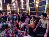 Phát hiện 29 nam nữ thanh niên tổ chức bay trong quán Karaoke ở biên giới