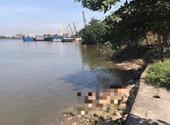 Phát hiện thi thể nam thanh niên trôi lềnh bềnh trên sông Sài Gòn