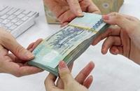 Từ 1 12 2021, lương của chồng có thể được chuyển vào tài khoản vợ