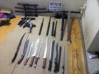 """Xóa sổ đại lý"""" bán vũ khí toàn dao, kiếm ở đất Cảng"""