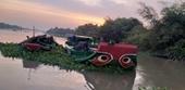 """Nhóm """"cát tặc"""" nhảy xuống sông Sài Gòn khi thấy Công an"""
