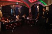 Bắt quả tang nhiều đối tượng ma túy trong quán Karaoke Hương Đồng Quê