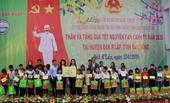 Phó Chủ tịch nước tặng quà tết cho gia đình chính sách, các hộ nghèo ở Đắk Nông