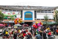 Nhộn nhịp phiên chợ quê chiều 30 tết phố núi Hương Sơn