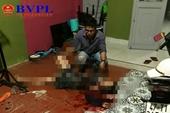 Ghen tuông, 9X đâm mẹ bạn gái bị thương nặng