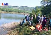 Ghe chở 12 người chìm trên sông La Ma, 3 người mất tích