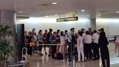 Giám sát hành khách đến từ du thuyền Westerdam đến sân bay Tân Sơn Nhất