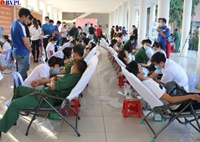 Hơn 450 đơn vị máu được tiếp nhận tại ngày hội hiến máu