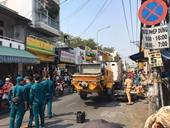 Nữ sinh lớp 8 đi xe máy bị xe tải kéo thùng trộn bê tông cán chết