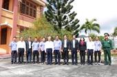 Thường trực Ban Bí thư Trần Quốc Vượng thăm cán bộ, công chức VKSND huyện Côn Đảo