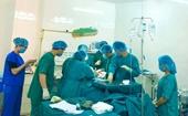 Phẫu thuật cứu sống một bệnh nhân bị cắt đứt 20cm ở vùng cổ