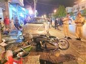 Xe ben không người lái gây tai nạn liên hoàn giữa phố