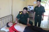 Bệnh xá Trường Sa cấp cứu 2 ngư dân chấn thương nặng do tai nạn