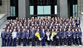 Viện trưởng VKSND tối cao tặng Bằng khen cho cán bộ nữ tiêu biểu của Ngành