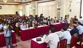15 người tiếp xúc gần với ca nhiễm thứ 30 bay từ Nội Bài vào Huế