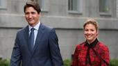 Thủ tướng Canada Justin Trudeau sẽ tự cách ly sau khi vợ ông dương tính với Covid-19