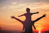 HY HỮU Hai người đàn ông đều nhận là bố của một bé trai