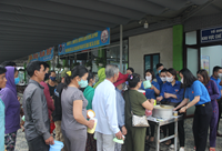 VKSND tỉnh Quảng Trị với chương trình Nồi cháo yêu thương