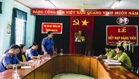 Trực tiếp kiểm sát việc tiếp nhận, giải quyết nguồn tin tội phạm tại Hạt Kiểm lâm huyện