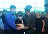 """Truy tặng Huy hiệu """"Tuổi trẻ dũng cảm"""" cho Thượng úy Công an hy sinh khi truy bắt tội phạm"""