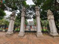 Các di tích, đền chùa ở Hà Nội đóng cửa, vắng lặng không bóng người