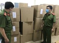 Người nước ngoài gom hơn 77 000 khẩu trang để buôn lậu
