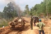 Phát hiện kho gỗ lậu vô chủ trong rừng cao su