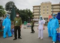 Hà Nội chỉ đạo khẩn công tác ngăn chặn lây lan COVID-19 từ ổ dịch Bạch Mai