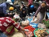 Siêu thị, chợ Hà Nội bình thản trước giờ G
