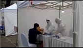 Hà Nội bắt đầu xét nghiệm nhanh COVID-19 quanh ổ dịch Bệnh viện Bạch Mai
