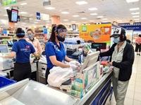 Siêu thị, cửa hàng tiện ích ở TP HCM vẫn hoạt động bình thường