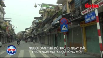 Dịch COVID-19: Người dân Thủ đô nhanh chóng thích nghi với cuộc sống 'cách ly toàn xã hội
