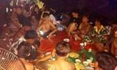 Bất chấp lệnh cấm , chủ cơ sở massage tổ chức cho 25 người ăn nhậu tưng bừng