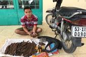 Bắt quả tang chủ tiệm sửa xe, rải đinh 'bẫy' người đi đường ở Đồng Nai