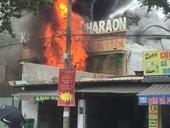 Cháy lớn quán Karaoke Pharaon, nhiều người tháo chạy