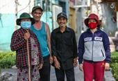 Người bán vé số ở Long An bị ảnh hưởng dịch COVID-19 được hỗ trợ 750 000 đồng