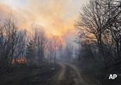 Cháy rừng kinh hoàng gần Nhà máy điện hạt nhân Chernobyl, thủ đô Kiev chìm trong khói bụi