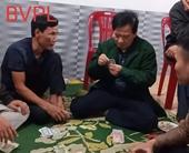 Làm rõ nghi vấn Chủ tịch UBND xã đánh bạc giữa đỉnh dịch COVID-19