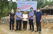 Báo Bảo vệ pháp luật phối hợp với VKSND tỉnh Hà Tĩnh tặng nhà tình nghĩa hộ nghèo, neo đơn