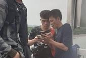 Nam sinh người Lào liều mình cứu người tự tử
