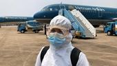 Gần 300 công dân Việt Nam ở UAE được đưa về nước