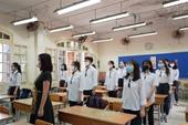 Hà Nội Học sinh háo hức đến trường từ sớm