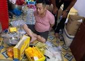 Bắt giữ 4 đối tượng mua bán ma túy giữa trung tâm TP HCM