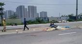 Xe máy va chạm với container, mẹ và con gái chết thảm
