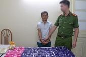 Bắt Cháng Láo Dua vận chuyển hơn 19 000 viên ma túy tổng hợp