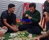 Chủ tịch UBND xã đánh bạc bị kỷ luật cách chức