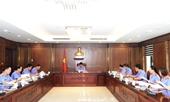 Bí thư Đảng ủy Nguyễn Huy Tiến chủ trì họp Ban Thường vụ