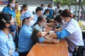 Khám, phát thuốc miễn phí cho hơn 500 người lao động