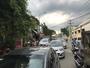 Xe tải tông nát ô tô Camry dừng đèn đỏ, tài xế nhập viện