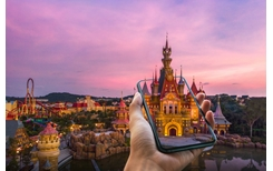 Công viên chủ đề lớn nhất Việt Nam ứng dụng trải nghiệm giải trí ảo